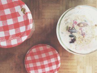 easy refrigerator oats for breakfast