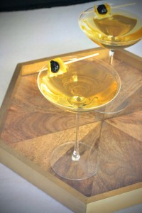 The Sparkling Bee's Knees - Perfect for Your New Year's Eve with Jay Gatsby!