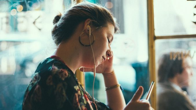 Our roundup of the best Punky feminist podcasts out there. From feminism to comedy, Rianna from Lonely Mama blog has written up her favs that she listens to. The Guilty Feminist, Global Pillage, Risk! , Grownupland and Stuff Mom never Told You. Do you have a favorite podcast to share?
